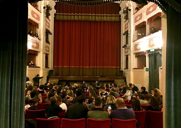 Teatro fra le generazioni e le culture